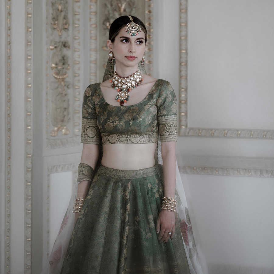 lehenga,necklace