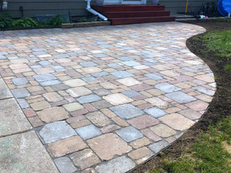 Paver Patio (Brussels Pattern)