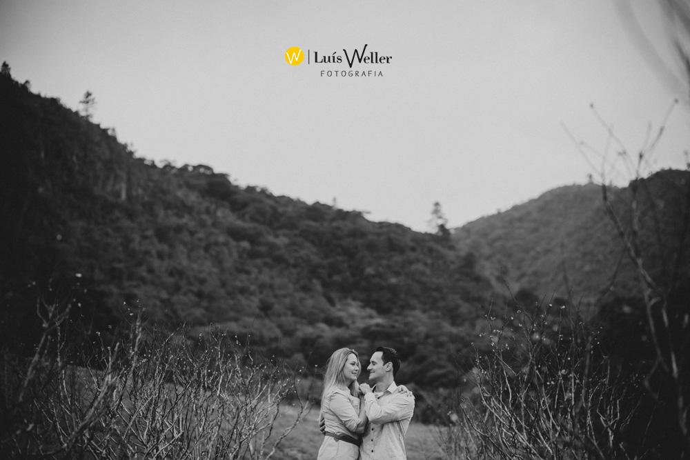 Luís_Weller_fotógrafo_de_casamento_ensaio_pre_wedding_casal_serra_Thais_Fabiano_Jaraguá_do_Sul_Campo_Alegre_Shanti_Gaia_004
