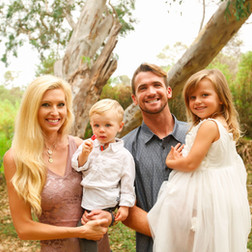 Family Potrait Photographer Huntington Beach 1.jpg