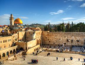 5 Reasons Why Everyone Should Visit Israel