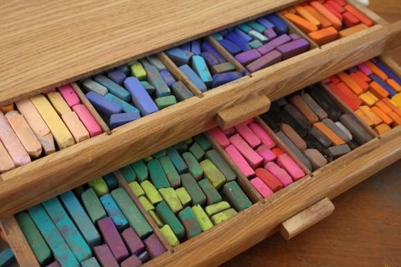 Chalk-pastel-storage-580x386.jpg