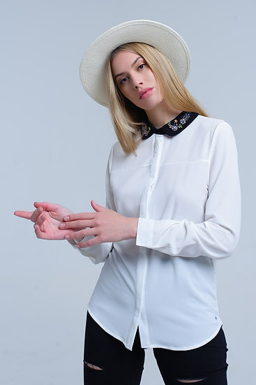 White Shirt With Collar Embellished