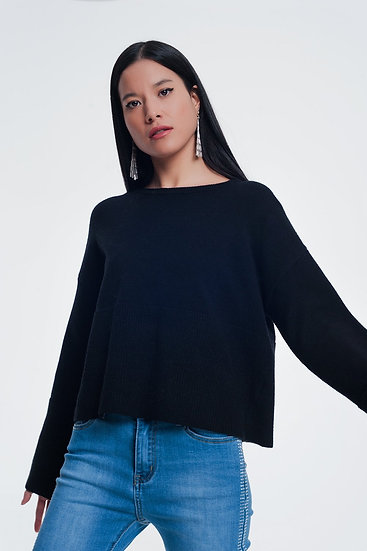 Sweater With Long Sleeves in Black