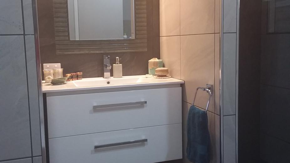 Busteed bathroom vanity.jpg