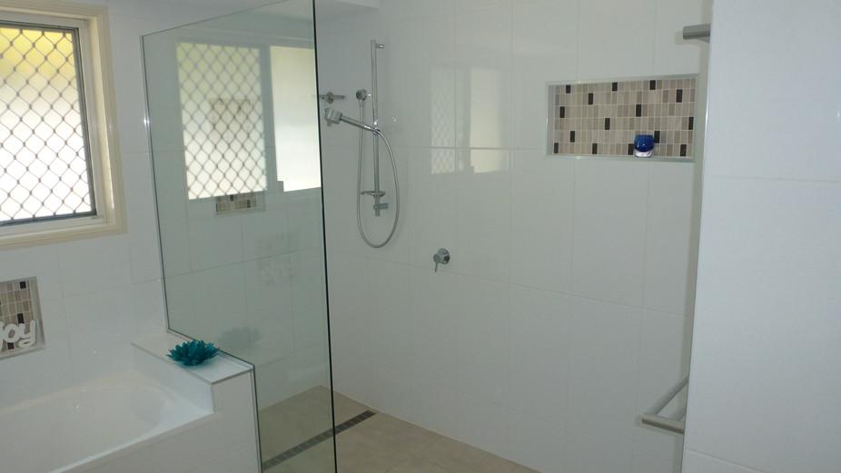 Alexandra bathroom shower.jpg