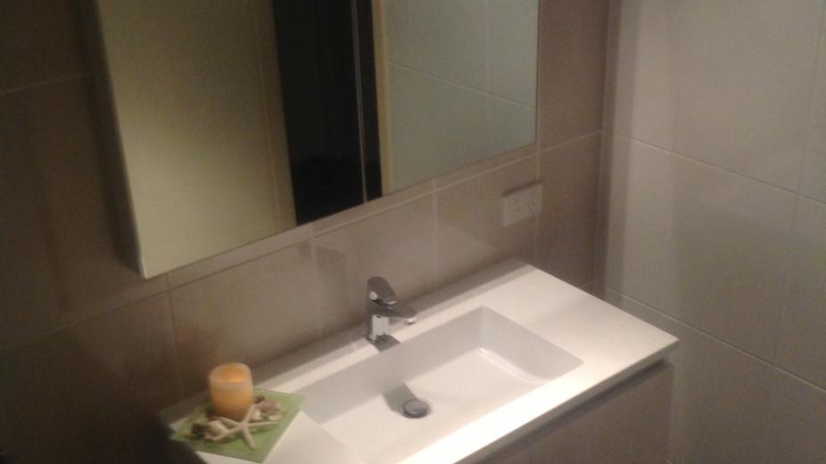 Lambert Bathroom.JPG