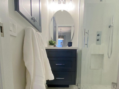 When the biggest reno challenge to a bathroom is space!