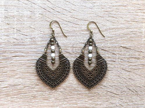 """Boucles d'oreilles """"Héma"""" - Bronze / Blanc"""