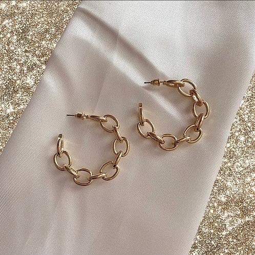 Gold tone small chain hoop earrings