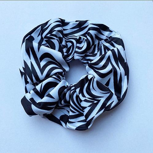 'Glitchin' scrunchie
