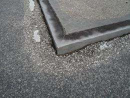 Übergang von Stahl und Beton auf Asphalt
