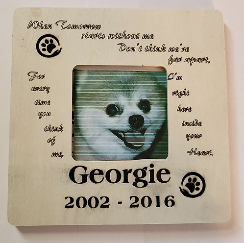 copy of Pet Memorial Frame w/Saying and Name and Dates; Opening for Photo