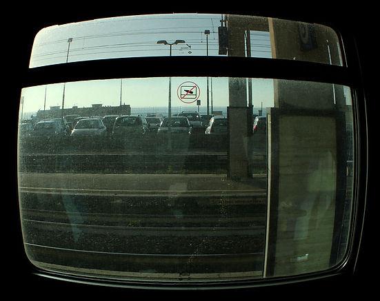 viettato gettare oggetti dal finestrino - stazione di Formia