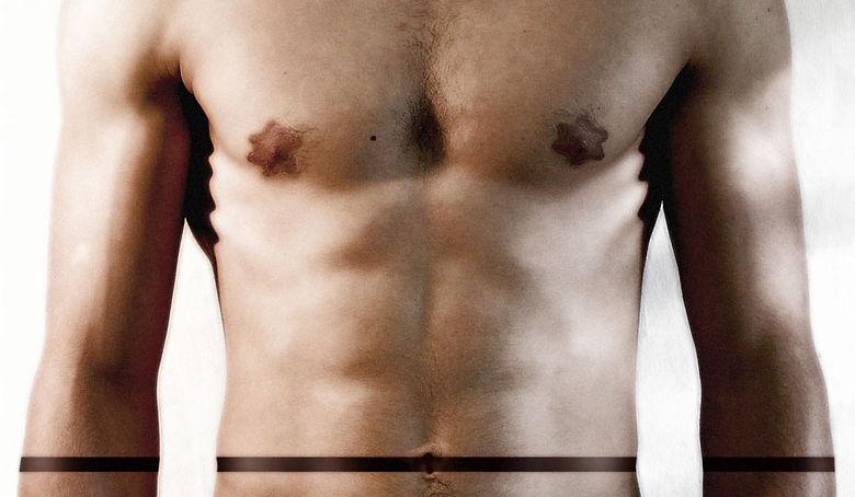 foto di carlo de meo, corpo maschile nudo a stelle e strisce