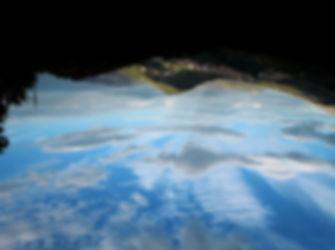 maranola, collina di campese, cielo nuvoloso, sottosopra