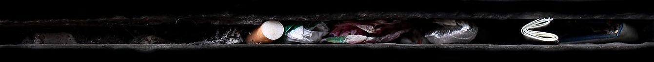 residui incastrati in una fessura
