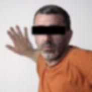 ritratto dell'artista carlo de meo censurato per privacy - foto di andrea de meo