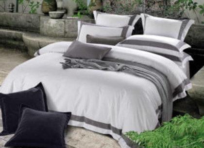 Постельное бельё с серыми вставками Grey