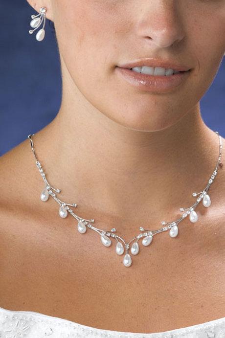 Wedding Necklace & Ear Pearl Drop Style