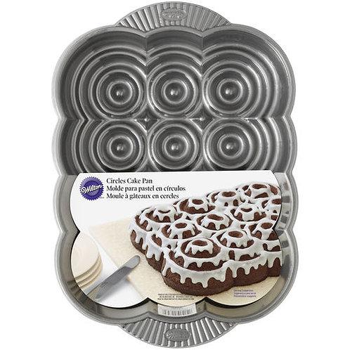Dimensions Circles Pan