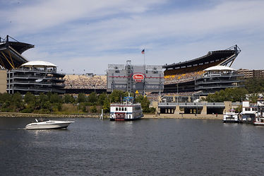 heinz-field-stadium-on-allegheny-river_m