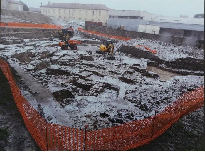 La zone 2 d'Ucetia peu avant s'être rasée par l'Inrap en janvier 2017, 6 mois avant la fin des fouilles.
