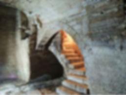 escalier du Moyen-âge à Uzès