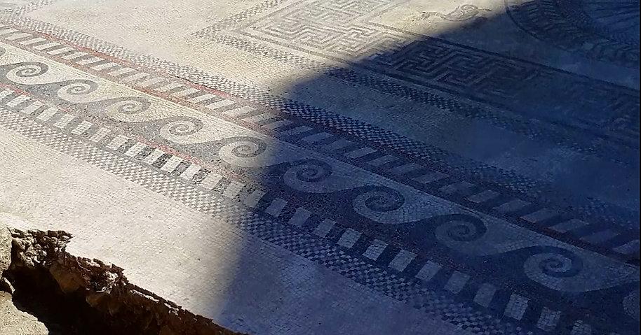 détail du pavé mosaîque d'Ucetia prise lors des visites du site archéologique.