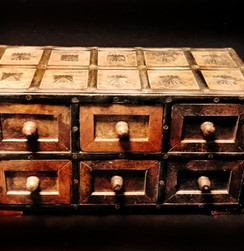 Trinket box 1 b.jpg