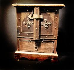 Solid hardwood Indian trinket box