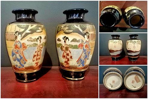 Splendid Pair of Antique Japanese Vases