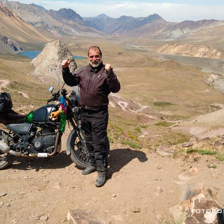 ¿La Himalayan es una moto para Viajar?