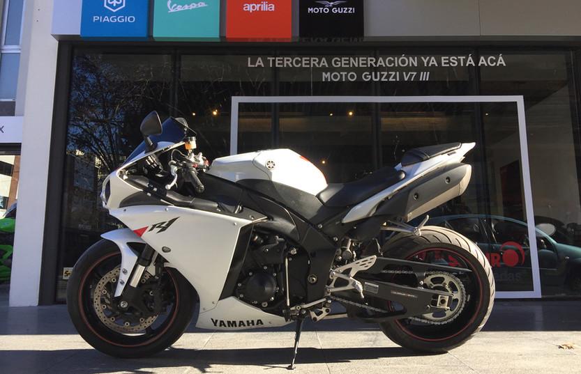 Usados seleccionados Motoplex Devoto Yamaha R1 2010