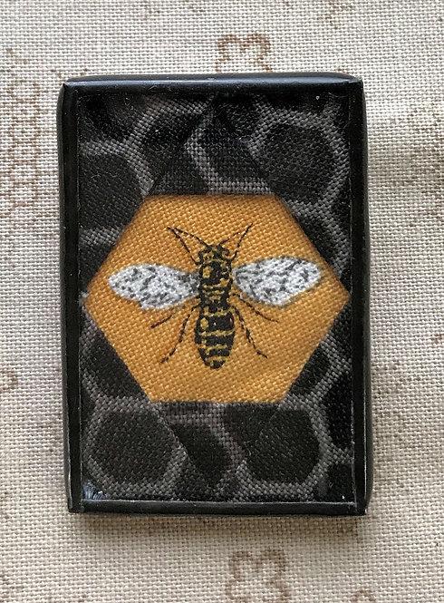 """1"""" x 1 1/2"""" Bee Pin"""