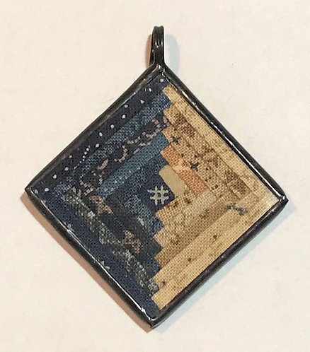 Log Cabin Pendant