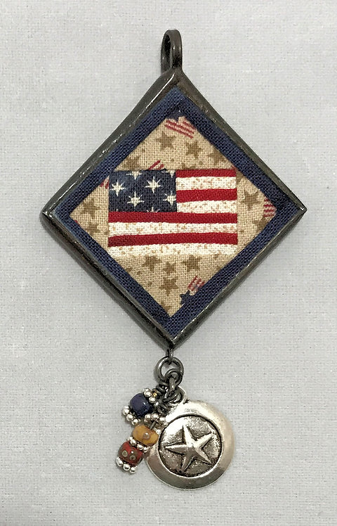 """1 1/4"""" U.S. Flag Pendant with Bling"""