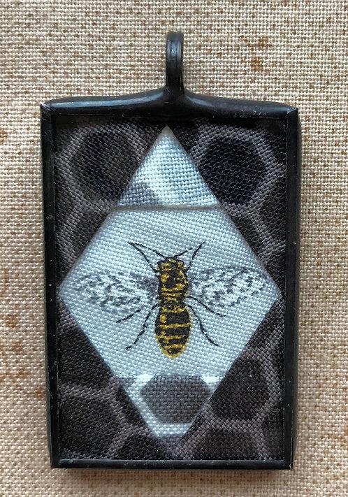 """1"""" x 1 1/2"""" Bee Pendant"""