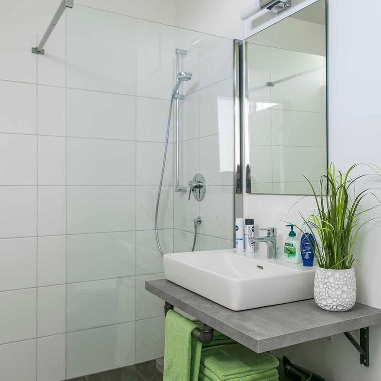 kraftvoll-salzburg-badezimmer-privat.jpg