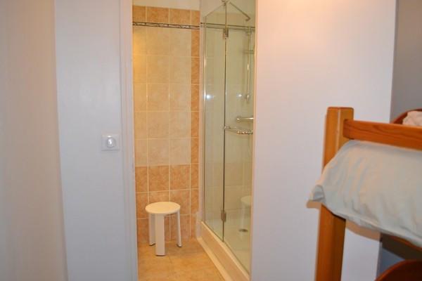 Bathroom gîte.jpg