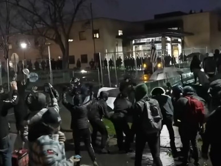 Antifa Shows Up to Minneapolis Riots, Things Immediately Get Even Worse