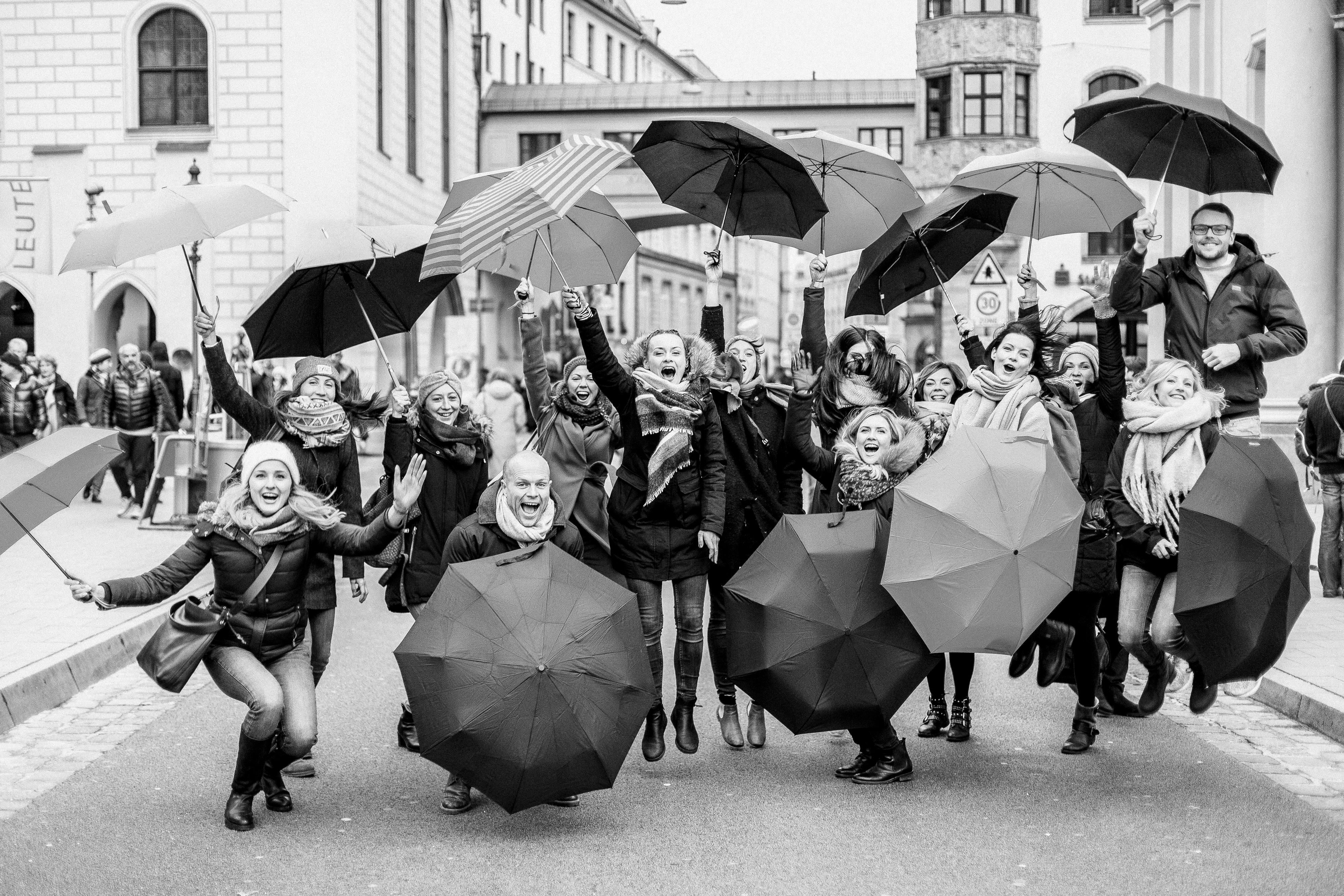 Anne Hoffmann Herzmensch Fotografie Geburtstag Regenschirme