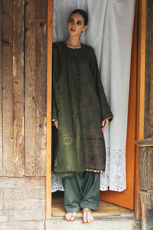 GREEN EMBROIDERED LINEN WINTER LUXURY SUIT
