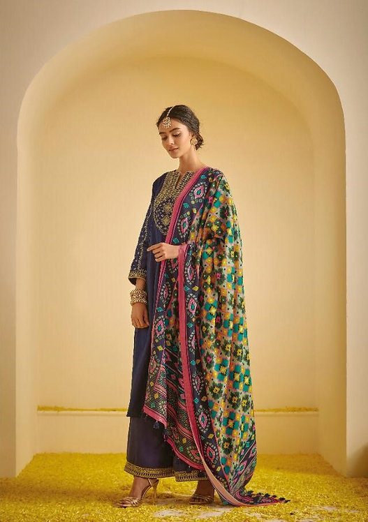 BLUE EMBROIDERED TUSSER SILK SUIT