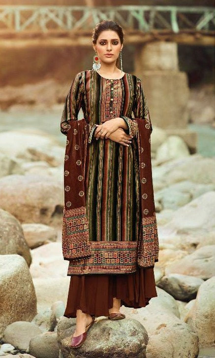 BROWN VELVET SUIT WITH DUPATTA