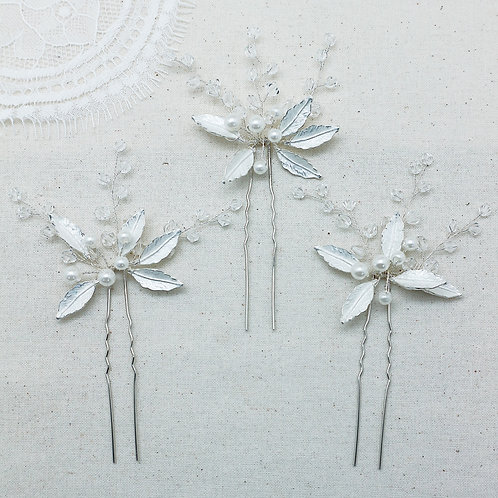 Holly Hairpins (set of 3)
