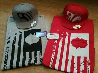 UQC Grunge Graphic Tee & Grunge Snapback