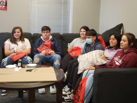 Cookson Campus Tour with Oaks Students