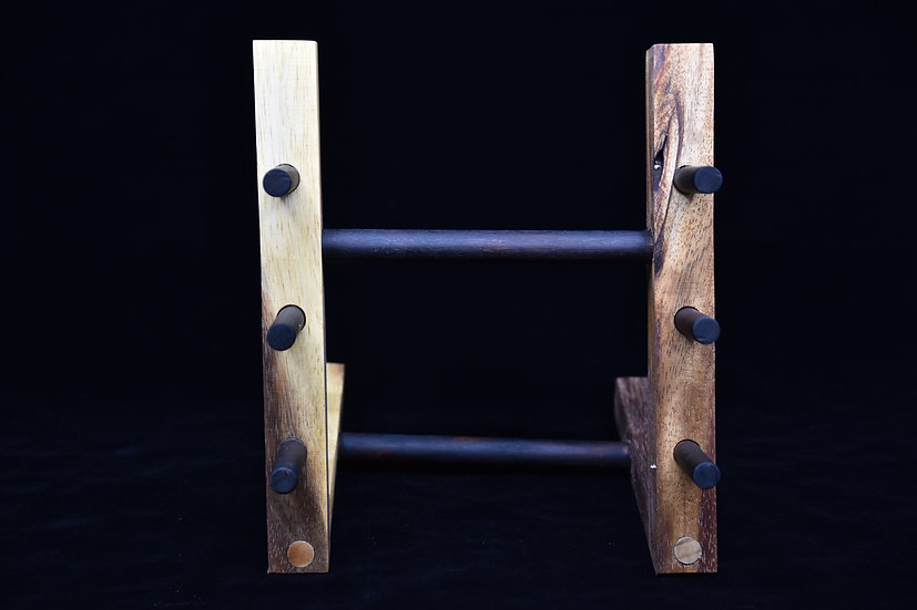 Traditional Japanese Support in Acacia