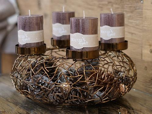 Kerzenständer aus Metall in Altgold, handgefertigt